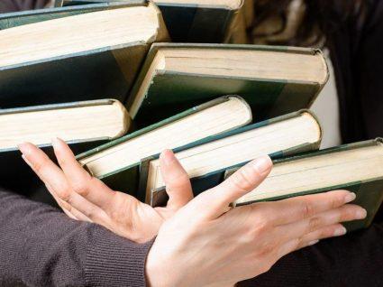 6 prendas para amantes de livros