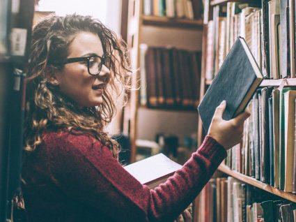 Comprar livros usados: quais as vantagens e onde o pode fazer?