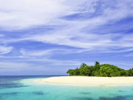 10 ilhas paradisíacas que o vão fazer querer ir de férias
