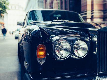 Limousine low cost: chegar em grande estilo a baixo custo