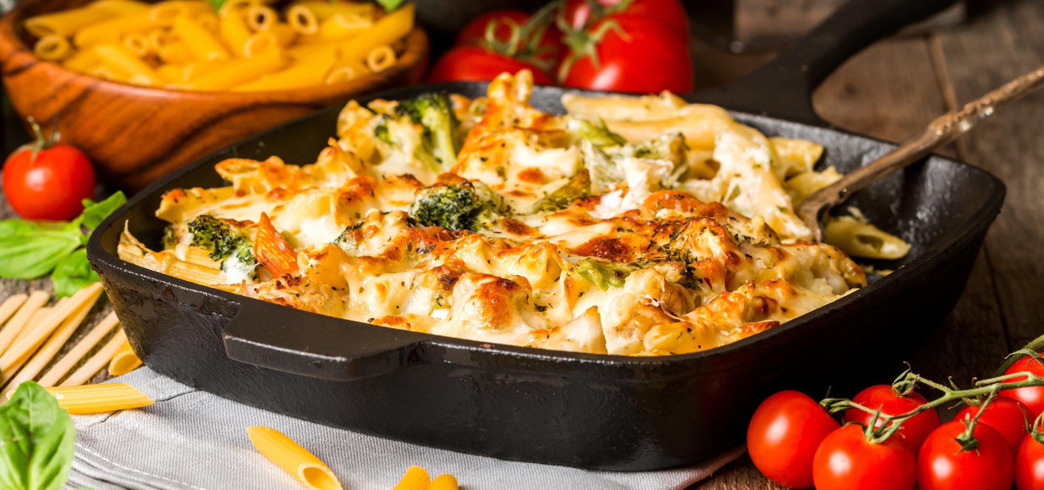 Macarrão de frango e queijo: duas receitas deliciosas