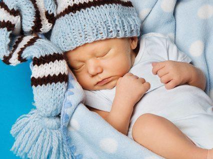 Como manter o bebé quente nas noites frias de inverno