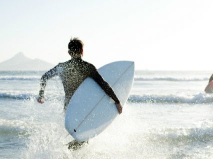 Melhores praias para surf: 15 spots imperdíveis