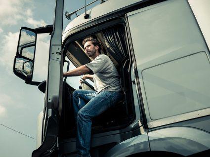 Emprego como Motorista de Pesados: tudo o que precisa de saber