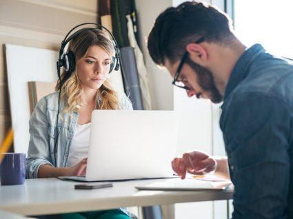 Música relaxante para trabalhar: favoreça a produtividade
