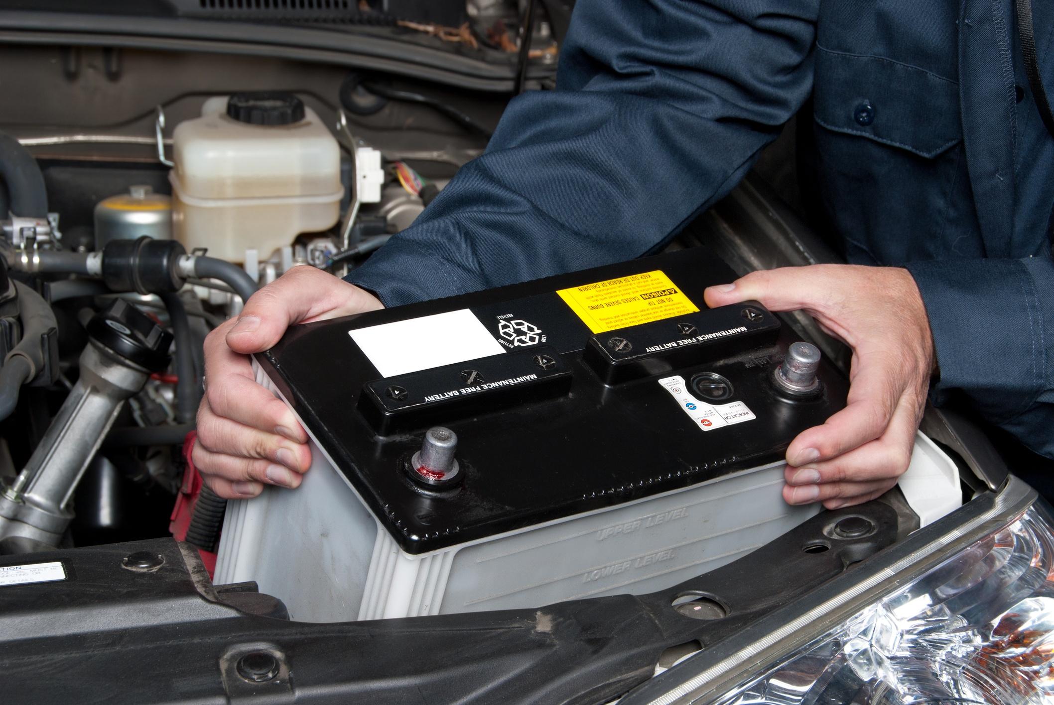 Como mudar a bateria do carro em 10 passos