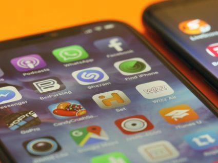 12 smartphones com ecrã infinito: opções dos 200€ aos 1200€