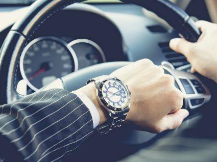 O que fazer no trânsito enquanto vai para o emprego?