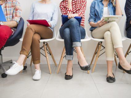 6 objetos que deve levar para uma entrevista de emprego