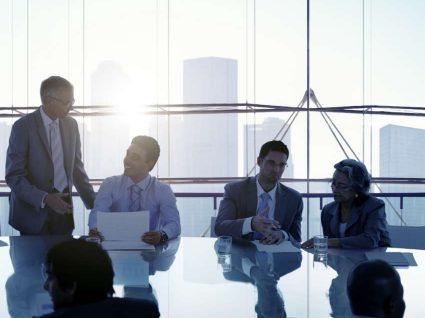 5 coisas a não fazer numa reunião de trabalho
