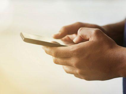 O que pessoas organizadas fazem no telefone em 5 passos