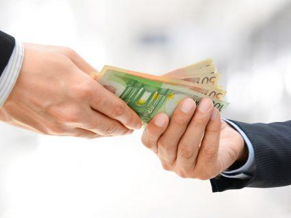 Pagamentos em dinheiro vivo só até 3.000 euros a partir de 4ª feira