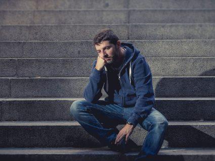 Pai oferece 5 mil euros a quem contratar o filho desempregado