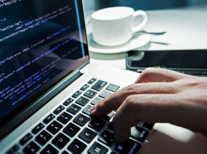 Conheça os dez países com melhores programadores