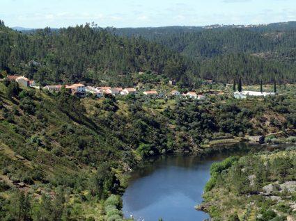 Sugestão: um Passeio Geológico pelo verde da serra e azul do rio
