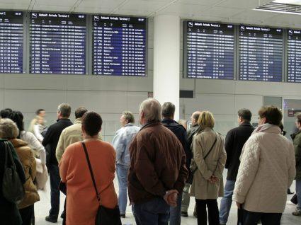 Associação europeia: enormes atrasos no aeroporto de Lisboa