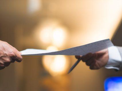 Cessação do contrato de trabalho: entrega de documentos e de instrumentos de trabalho