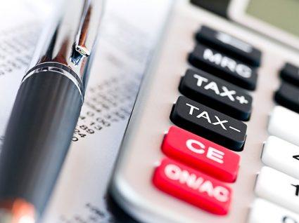 Paulo Portas defende descida de impostos em 2015