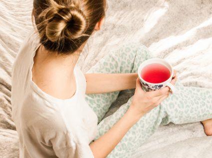 Os 4 melhores chás para a síndrome do cólon irritável