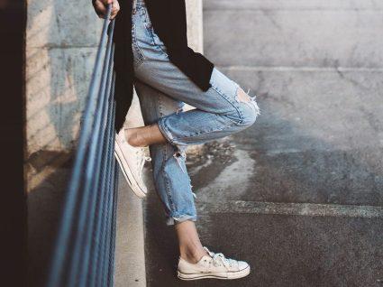 12 mom jeans que vai querer ter no seu armário