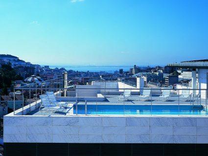 6 piscinas em Lisboa e arredores que não pode perder