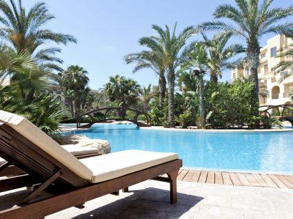 14 hotéis portugueses com piscinas fantásticas