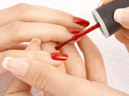 8 formas de poupar na manicure