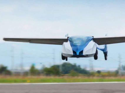 Primeiro carro voador preparado para descolar em 2018