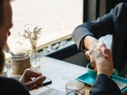 Igualdade de género no trabalho: quotas nas empresas e cargos políticos