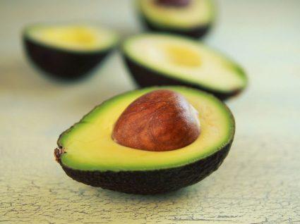 5 receitas de abacate para beleza