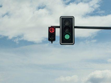 Reconhecimento de Sinais de Trânsito: tecnologia para condução segura