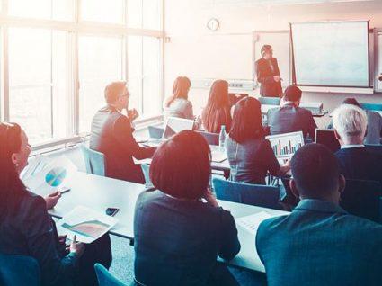 Recrutamento de formadores: onde e como