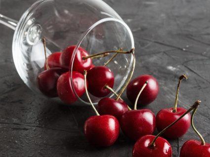 Vinho de cereja: aprenda a fazer esta deliciosa receita