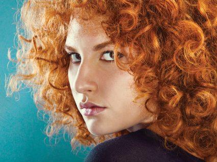 5 cortes de cabelo curtos com caracóis para se inspirar