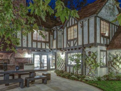 A antiga casa de Reese Witherspoon está à venda