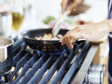 4 regras de saúde que não está a respeitar na sua cozinha