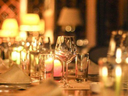Gostava de jantar num destes restaurantes de celebridades?