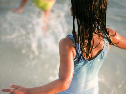8 fatos de banho para menina até 20€