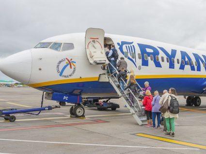 Ryanair volta a recrutar em Portugal: são 250 vagas