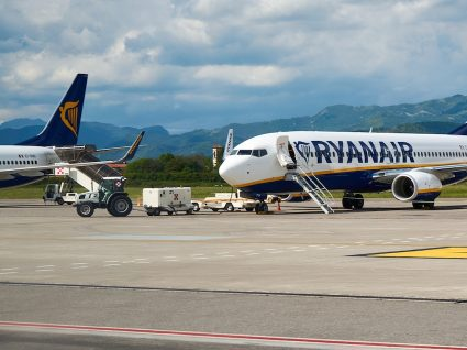 Tripulantes da Ryanair fazem greve na Páscoa