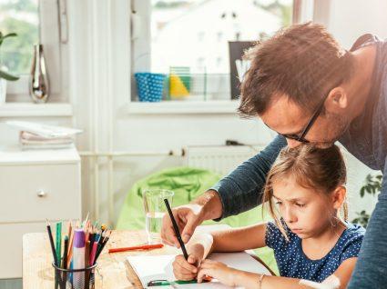 7 dicas para ajudar o seu filho a ter melhores resultados escolares