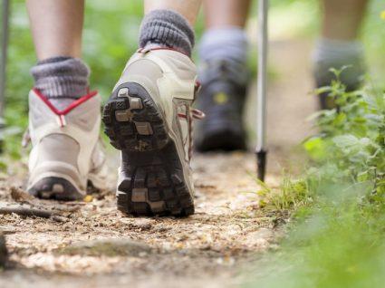 O melhor calçado de mulher para hiking