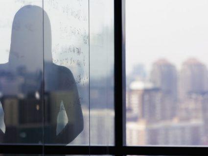 Más condições de trabalho: 4 principais fatores de impacto