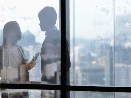 Como lidar com pessoas difíceis no trabalho: 8 dicas