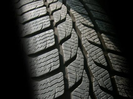 Como interpretar sinais de desgaste dos pneus