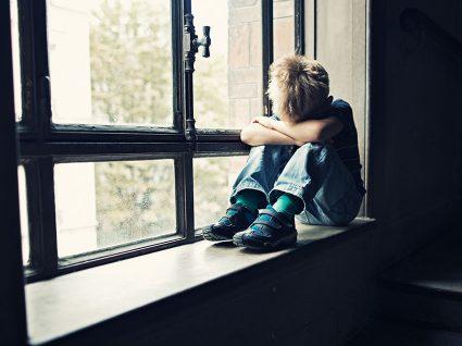 5 sinais de que o seu filho pode ter uma depressão
