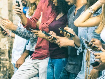 Os smartphones estão a tornar-nos estúpidos? Este estudo diz que sim