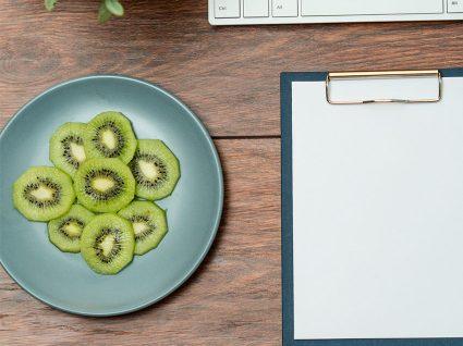 6 snacks de secretária saudáveis
