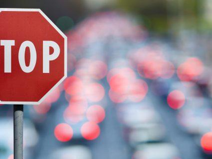 Sinais de trânsito: quais são e quais as consequências de não os respeitar
