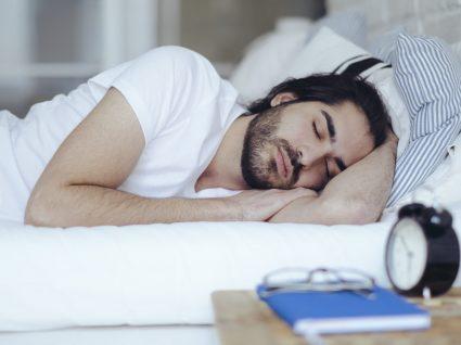 Dormir mal afeta a fertilidade masculina